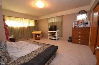 Photo 15: 2283 CLARKE Drive in Abbotsford: Central Abbotsford House for sale : MLS®# R2213931