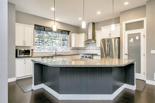 """Photo 12: 25592 BOSONWORTH Avenue in Maple Ridge: Thornhill MR House for sale in """"The Summit at Grant Hill"""" : MLS®# R2516309"""