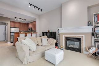 """Photo 6: 2403 4625 VALLEY Drive in Vancouver: Quilchena Condo for sale in """"ALEXANDRA HOUSE"""" (Vancouver West)  : MLS®# R2419187"""