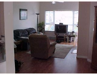 """Photo 3: 409 2960 PRINCESS Crescent in Coquitlam: Canyon Springs Condo for sale in """"THE JEFFERSON"""" : MLS®# V653813"""