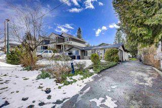 Photo 2: 702 REGAN Avenue in Coquitlam: Coquitlam West House for sale : MLS®# R2245687