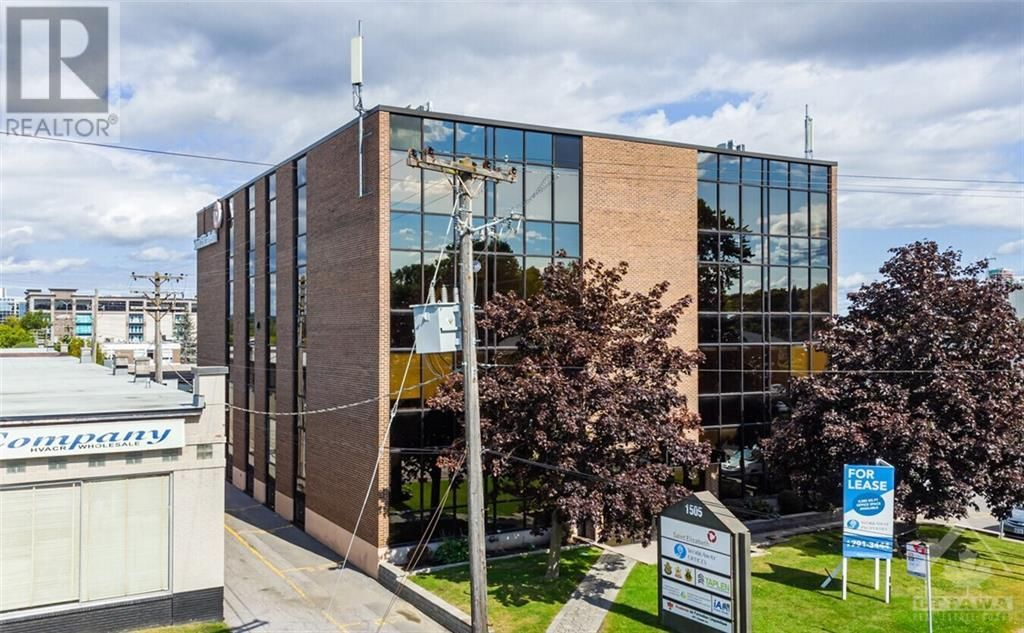 Main Photo: 1505 LAPERRIERE AVENUE in Ottawa: Office for lease : MLS®# 1263865