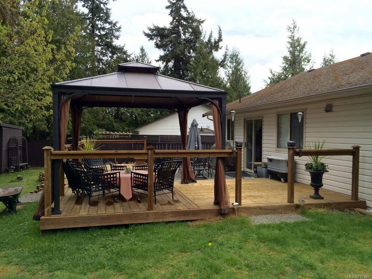 Photo 15: Photos: 1433 SUNRISE DRIVE in FRENCH CREEK: PQ French Creek House for sale (Parksville/Qualicum)  : MLS®# 727961