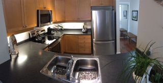 """Photo 7: 305 808 SANGSTER Place in New Westminster: The Heights NW Condo for sale in """"THE BROCKTON"""" : MLS®# R2294830"""