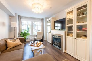 """Photo 3: 23 19448 68 Avenue in Surrey: Clayton Townhouse for sale in """"NUOVO"""" (Cloverdale)  : MLS®# R2413880"""