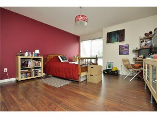 """Photo 8: # 25 -  3228 Raleigh Street in Port Coquitlam: Central Pt Coquitlam Condo for sale in """"MAPLE CREEK"""" : MLS®# V946545"""