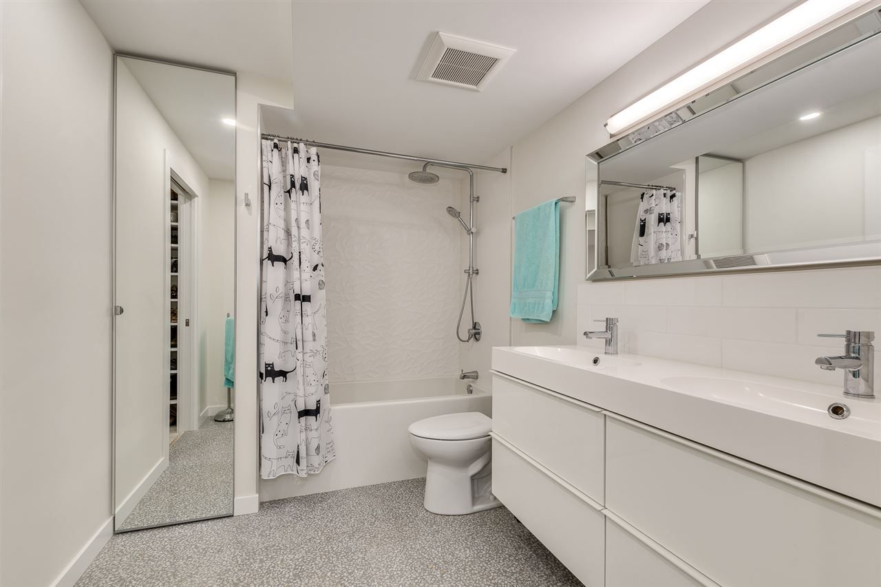 Photo 18: Photos: 202 1477 FOUNTAIN WAY in Vancouver: False Creek Condo for sale (Vancouver West)  : MLS®# R2380941