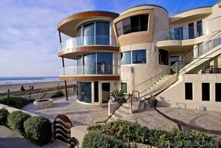 Photo 3: House for sale : 8 bedrooms : 3675 Ocean Front Walk in San Diego