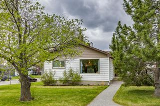 Main Photo: 47 Galway Crescent SW in Calgary: Glamorgan Detached for sale : MLS®# A1107822