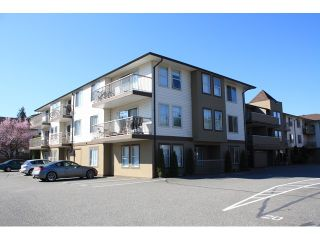 "Photo 1: 109 45702 WATSON Road in Sardis: Vedder S Watson-Promontory Condo for sale in ""GLENDALE MANOR"" : MLS®# H1401290"