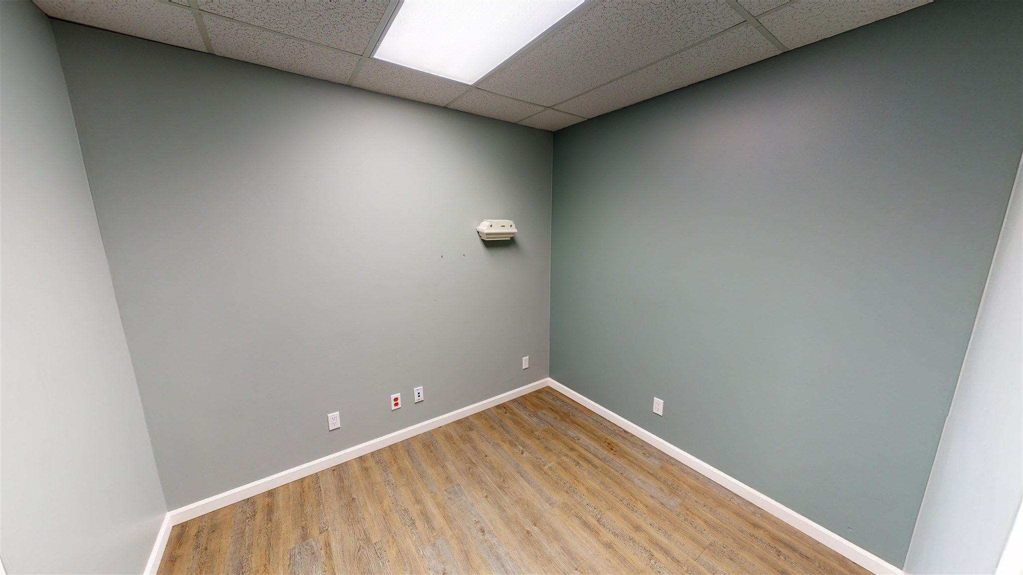 Photo 16: Photos: 10067 100 Avenue in Fort St. John: Fort St. John - City NW Office for sale (Fort St. John (Zone 60))  : MLS®# C8039097