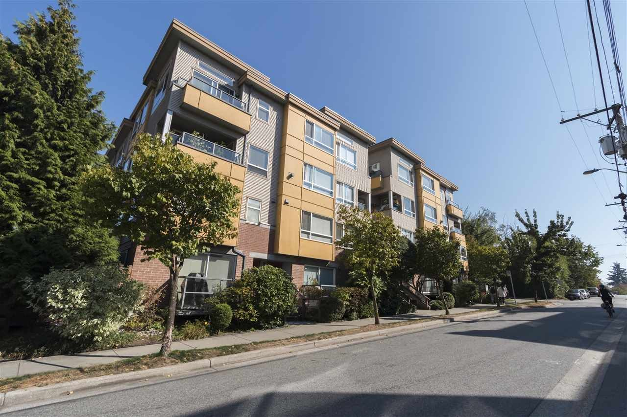 """Photo 2: Photos: 310 2688 WATSON Street in Vancouver: Mount Pleasant VE Townhouse for sale in """"Tala Vera"""" (Vancouver East)  : MLS®# R2304715"""