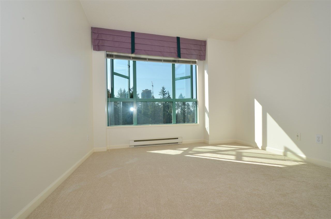 """Photo 16: Photos: 904 3071 GLEN Drive in Coquitlam: North Coquitlam Condo for sale in """"PARC LAURENT"""" : MLS®# V1143282"""