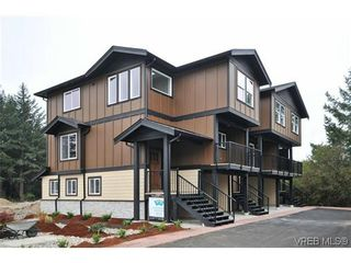 Photo 2: 103 982 Rattanwood Pl in VICTORIA: La Happy Valley Row/Townhouse for sale (Langford)  : MLS®# 635443