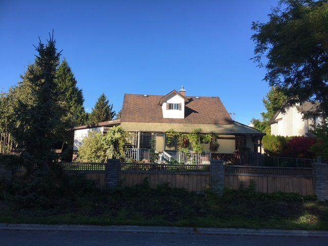 Main Photo: 11870 248 Street in Maple Ridge: Websters Corners House for sale : MLS®# R2210447
