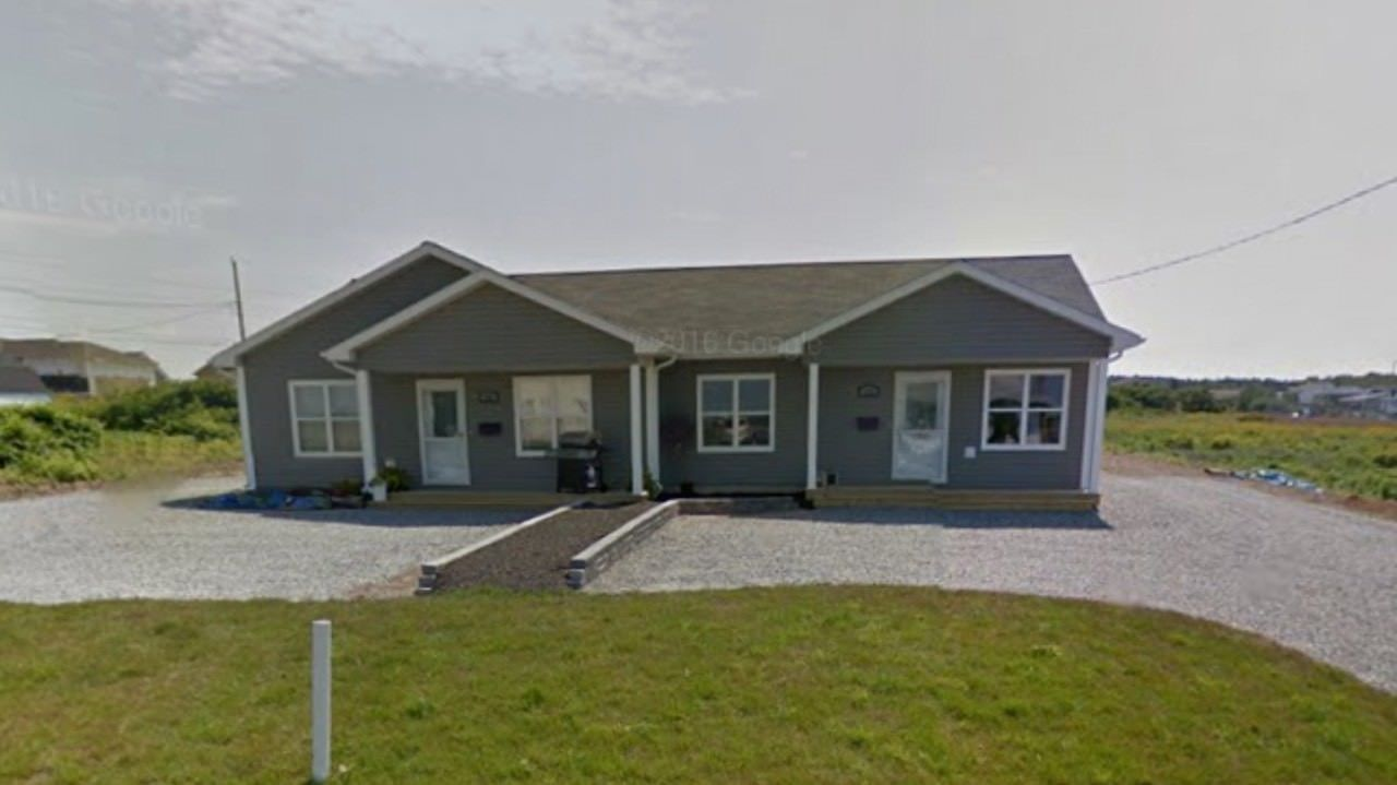 Main Photo: 121/123 Connaught Avenue in Glace Bay: 203-Glace Bay Multi-Family for sale (Cape Breton)  : MLS®# 202108374