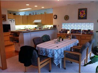 """Photo 10: 5623 EAGLE Court in North Vancouver: Grouse Woods 1/2 Duplex for sale in """"Grousewoods"""" : MLS®# V1103853"""