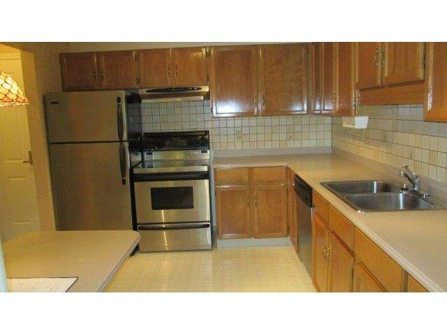 Main Photo: # 514 1350 VIDAL ST: White Rock Condo for sale (South Surrey White Rock)  : MLS®# F1443617