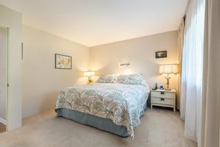 """Photo 16: 4763 HOSKINS Road in North Vancouver: Lynn Valley Townhouse for sale in """"Yorkwood Hills"""" : MLS®# R2617725"""