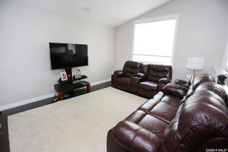 Photo 5: 919 Hargreaves Manor in Saskatoon: Hampton Village Residential for sale : MLS®# SK744358