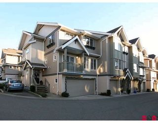 """Photo 1: 35 6651 203RD Street in Langley: Willoughby Heights Townhouse for sale in """"SUNSCAPE"""" : MLS®# F2833451"""