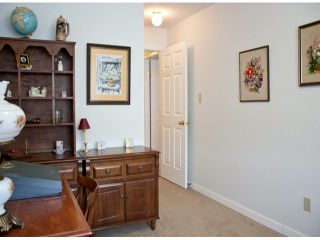 """Photo 9: 321 32853 LANDEAU Place in Abbotsford: Central Abbotsford Condo for sale in """"Park Place"""" : MLS®# F1308955"""