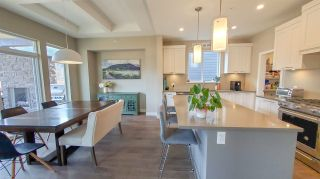"""Photo 6: 39260 CARDINAL Drive in Squamish: Brennan Center House for sale in """"Brennan Center"""" : MLS®# R2545288"""