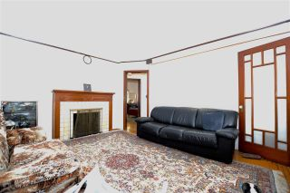 Photo 2: 5548 SHERBROOKE Street in Vancouver: Knight House for sale (Vancouver East)  : MLS®# R2117183