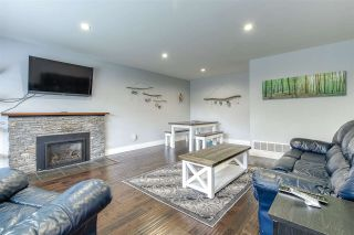"""Photo 4: 15087 RAVEN Place in Surrey: Bolivar Heights House for sale in """"birdland"""" (North Surrey)  : MLS®# R2515721"""