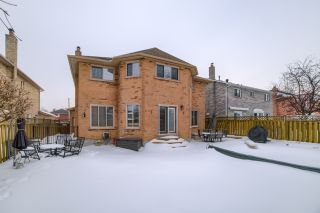 Photo 20: 36 Bentonwood Crescent in Whitby: Pringle Creek House (2-Storey) for sale : MLS®# E4325619