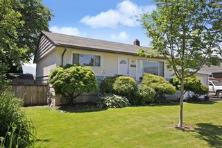 Photo 2: 46626 FRASER Avenue in Chilliwack: Chilliwack E Young-Yale House for sale : MLS®# R2588013