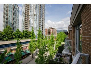 Photo 11: 305 1155 THE HIGH Street in Coquitlam: Home for sale : MLS®# V1123644