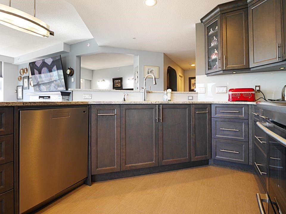 """Photo 16: Photos: 1602 3190 GLADWIN Road in Abbotsford: Central Abbotsford Condo for sale in """"REGENCY PARK"""" : MLS®# R2562391"""