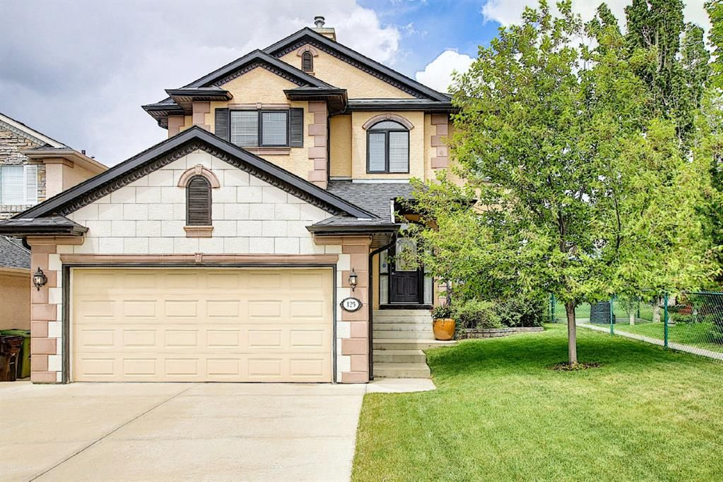 Main Photo: 125 Sienna Park Drive SW in Calgary: Signal Hill Detached for sale : MLS®# A1117082
