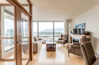 """Photo 17: 2303 1228 W HASTINGS Street in Vancouver: Coal Harbour Condo for sale in """"THE PALLADIO"""" (Vancouver West)  : MLS®# R2159180"""