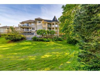 """Photo 22: 107 20120 56 Avenue in Langley: Langley City Condo for sale in """"Blackberry Lane 1"""" : MLS®# R2495624"""