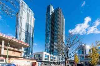 """Photo 1: 3307 4670 ASSEMBLY Way in Burnaby: Metrotown Condo for sale in """"Station Square"""" (Burnaby South)  : MLS®# R2426014"""