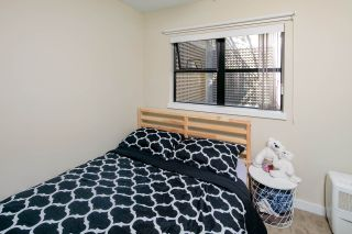 """Photo 15: 14 1863 WESBROOK Mall in Vancouver: University VW Townhouse for sale in """"Esse"""" (Vancouver West)  : MLS®# R2354042"""