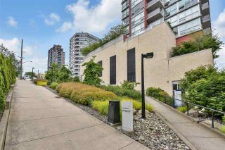 """Photo 2: 1204 125 COLUMBIA Street in New Westminster: Downtown NW Condo for sale in """"NORTHBANK"""" : MLS®# R2584652"""