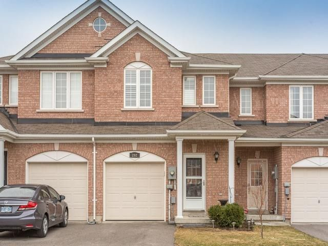 Main Photo: 202 Tom Taylor Crescent in Newmarket: Summerhill Estates House (2-Storey) for sale : MLS®# N3758004