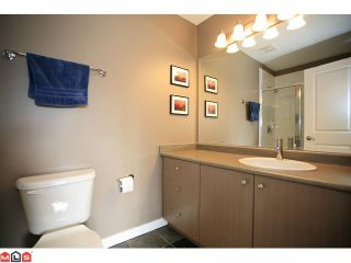 """Photo 7: 19 7155 189TH Street in Surrey: Clayton Townhouse for sale in """"Bacara"""" (Cloverdale)  : MLS®# F1114971"""