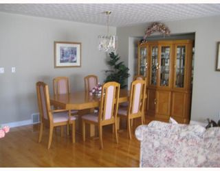 """Photo 3: 2750 BELL Place in Prince George: Charella/Starlane House for sale in """"CHARELLA"""" (PG City South (Zone 74))  : MLS®# N195328"""