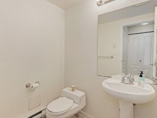 """Photo 13: 2 8297 SABA Road in Richmond: Brighouse Townhouse for sale in """"Rosario Gardens"""" : MLS®# R2486325"""