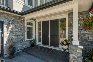 Photo 4: 1266 EVERALL Street: White Rock House for sale (South Surrey White Rock)  : MLS®# R2594040