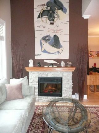 Photo 2: 415 4280 Moncton Street in The Village: Home for sale