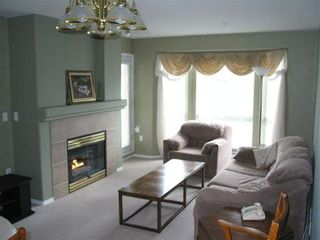 Photo 2: 333-9979 140th: House for sale (Whalley)