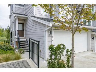 """Photo 3: 17 15717 MOUNTAIN VIEW Drive in Surrey: Grandview Surrey Townhouse for sale in """"Olivia"""" (South Surrey White Rock)  : MLS®# R2572266"""