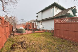 Photo 2: 420 Wallace Road in Kelowna: Rutland North Multi-family for sale : MLS®# 10111684