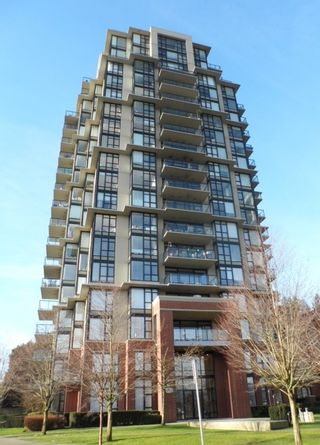 """Photo 5: 2003 11 E ROYAL Avenue in New Westminster: Fraserview NW Condo for sale in """"VICTORIA HILL HIGHRISE RESIDENCES"""" : MLS®# R2045382"""