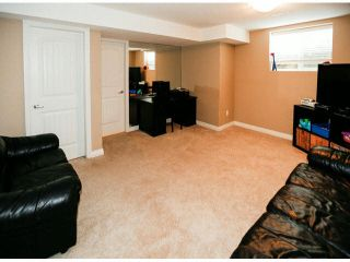 "Photo 16: 4 6919 180TH Street in Surrey: Cloverdale BC Townhouse for sale in ""PROVIDENCE"" (Cloverdale)  : MLS®# F1423777"